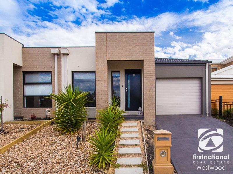2/3 Ponsford Drive, Point Cook, Vic 3030