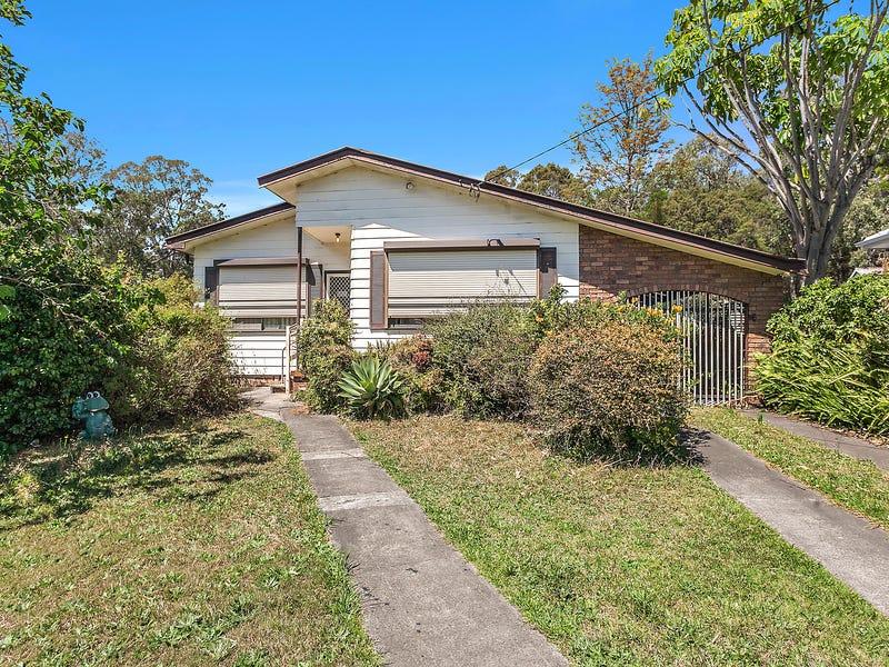 84 Lake Entrance Road, Oak Flats, NSW 2529