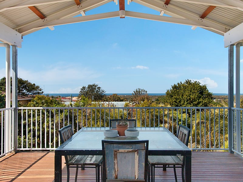 34 Pacific Drive, Banora Point, NSW 2486