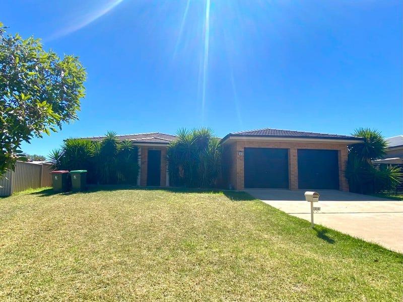 30 Blaxland Street, Parkes, NSW 2870
