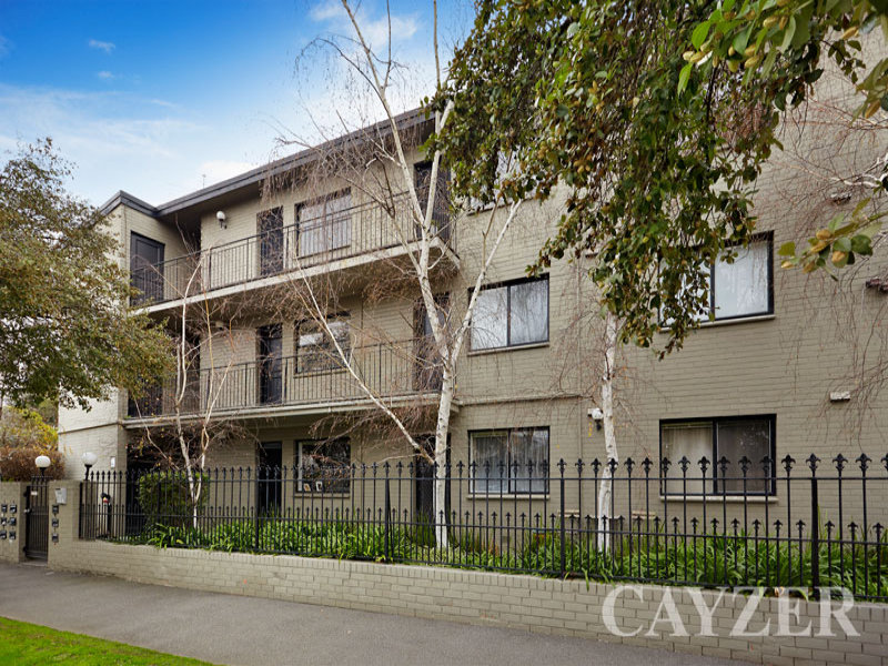 9/143 Canterbury Road, Middle Park, Vic 3206