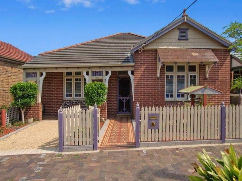 28 Kays Avenue East, Marrickville, NSW 2204