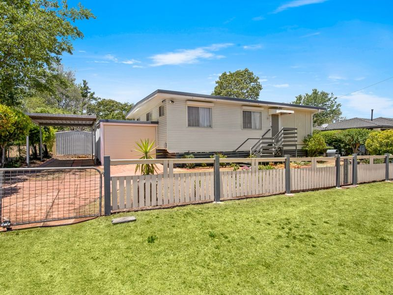 22 Gauntlet Street, North Toowoomba, Qld 4350