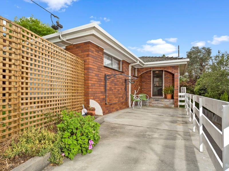 2/22 Connaught Crescent, West Launceston, Tas 7250