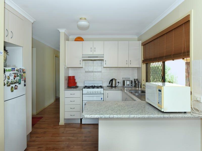 35 Miranda Drive, Wilsonton Heights, Qld 4350