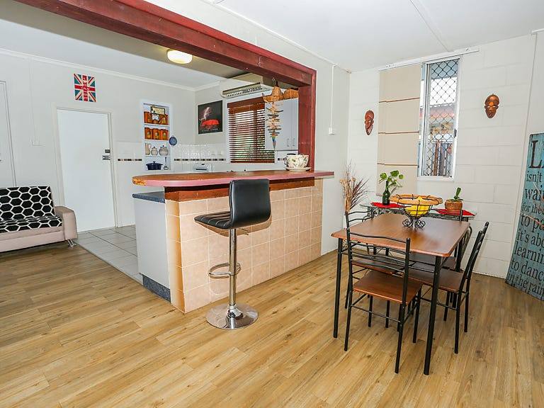 33 Second Ave, Mount Isa, Qld 4825