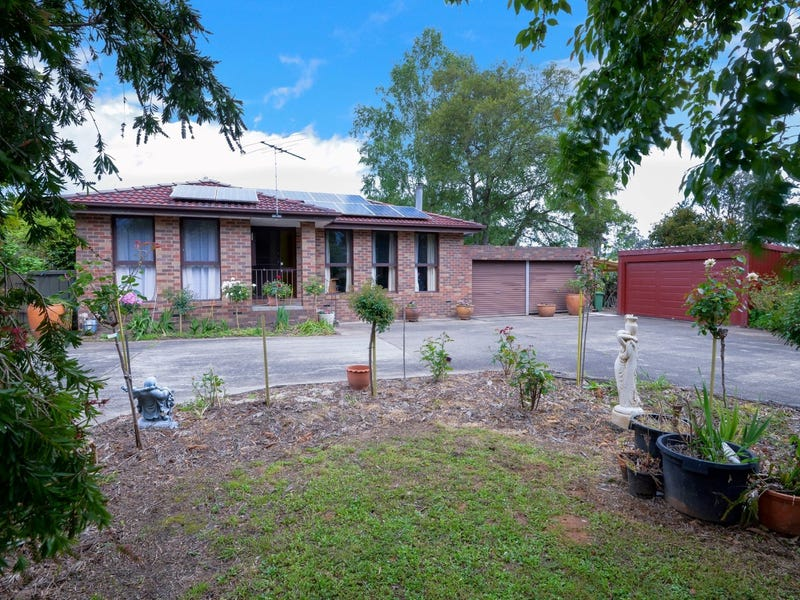 14 Station Road, Wesburn, Vic 3799