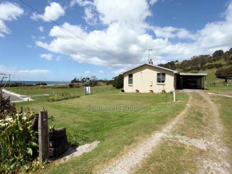 Address available on request, Preservation Bay, Tas 7316