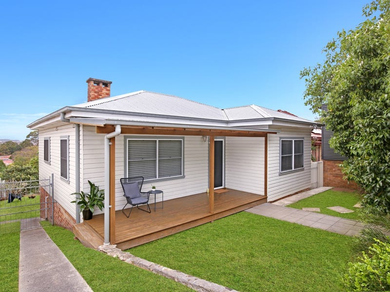 23 Mount Keira Road, West Wollongong, NSW 2500
