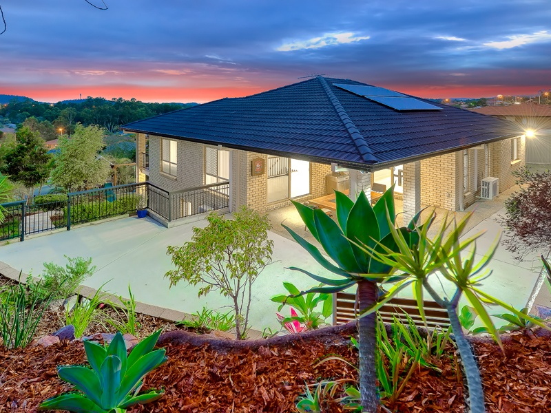 11 Butterwood Court, Arana Hills, Qld 4054