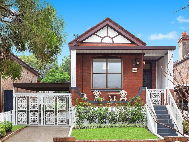 23 School Parade, Marrickville, NSW 2204