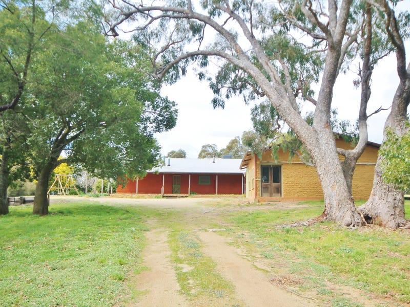 4 Caroona Road WOMBAT via, Young, NSW 2594