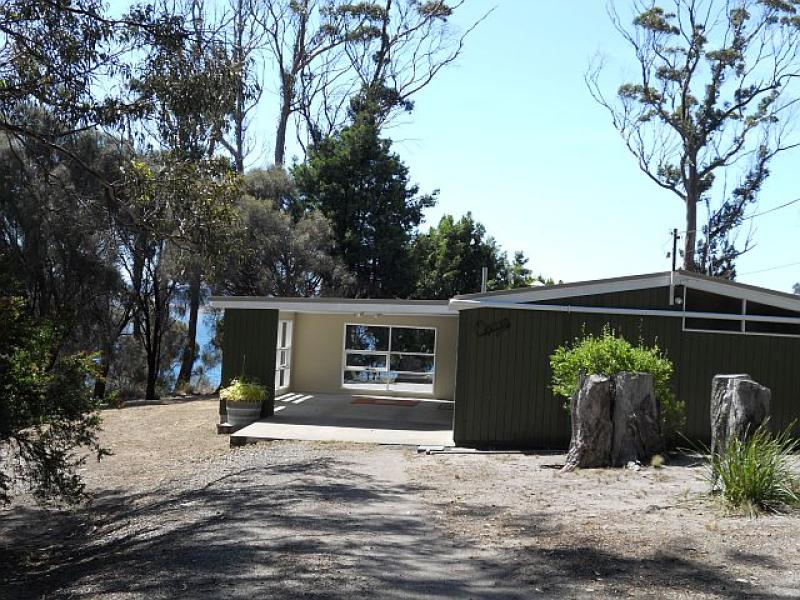 11 Bluff Road, Spring Beach, Tas 7190