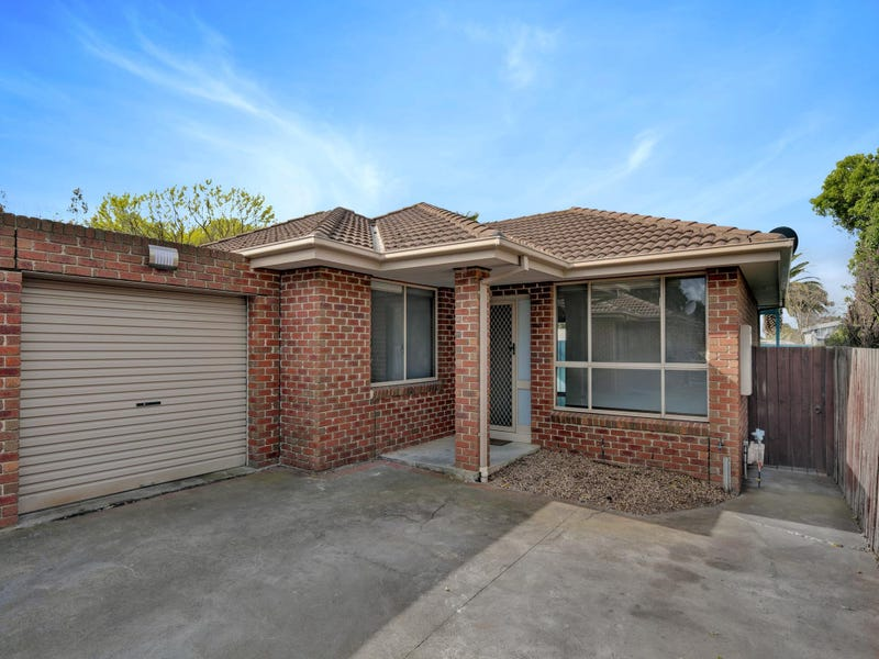 2/108 Welcome Road, Diggers Rest, Vic 3427
