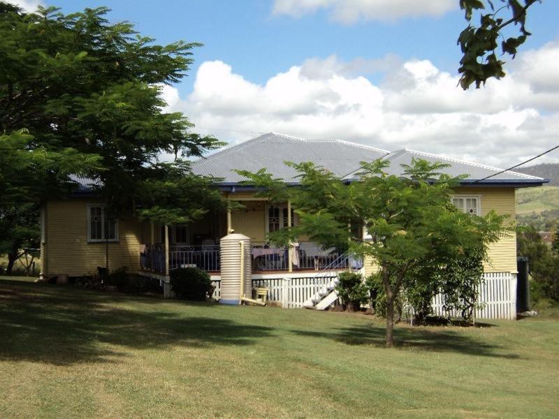 110 Upper Tenthill School Road, Upper Tenthill, Qld 4343