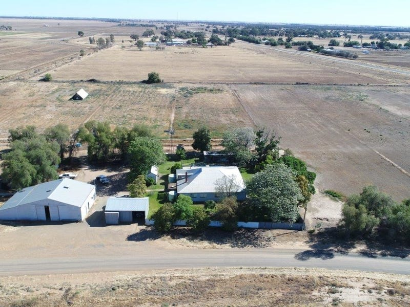 30 Headons Lane, Hay, NSW 2711