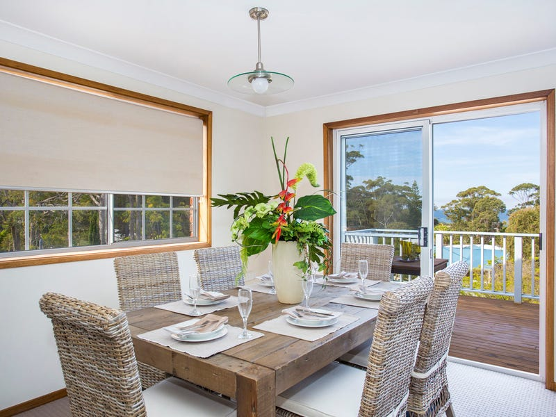 52 Carroll Avenue, Mollymook Beach, NSW 2539
