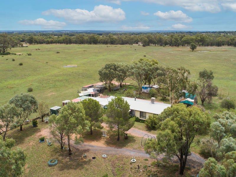 21 Domain Close, Mendooran, NSW 2842