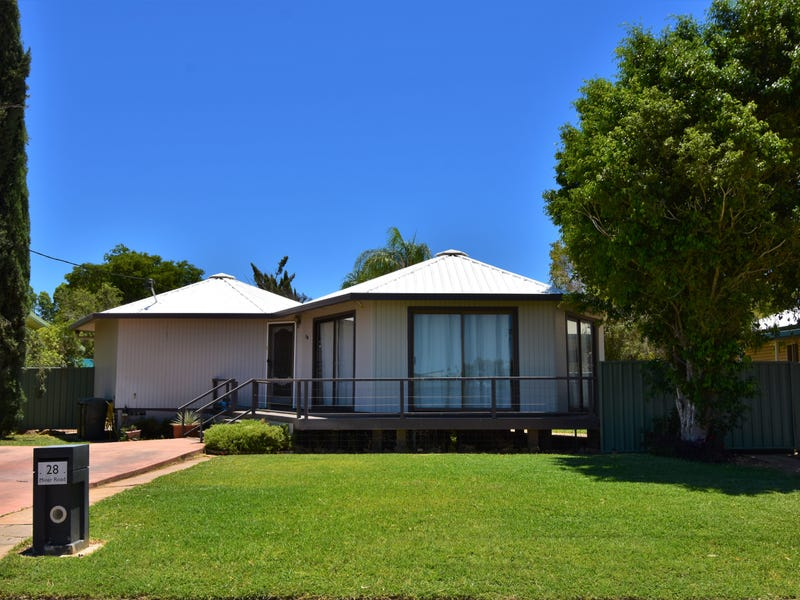 28 Miner Road, Longreach, Qld 4730