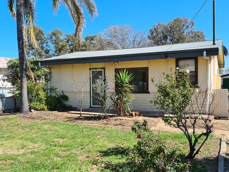 37 Waugan Street, Gilgandra, NSW 2827