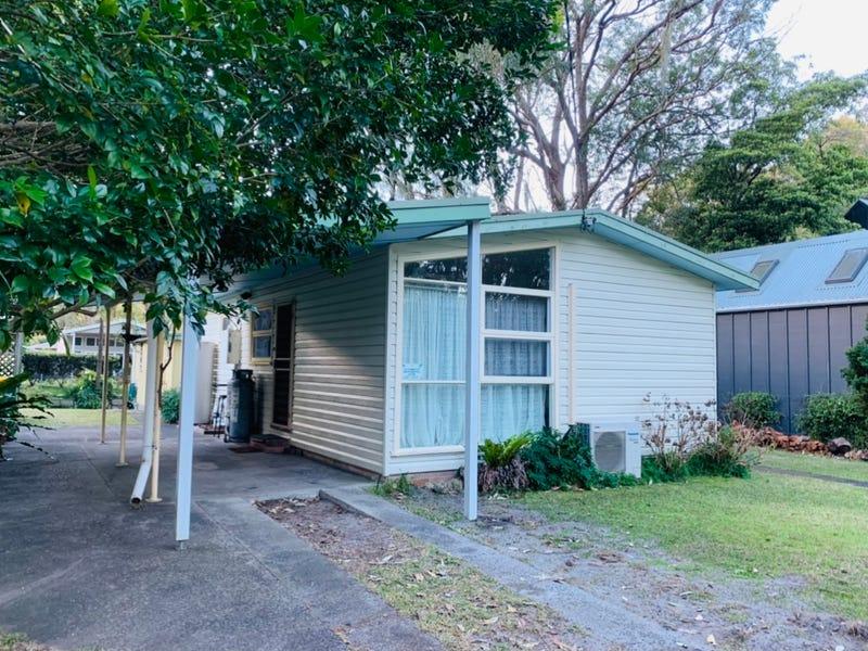2 Emerald Avenue, Pearl Beach, NSW 2256