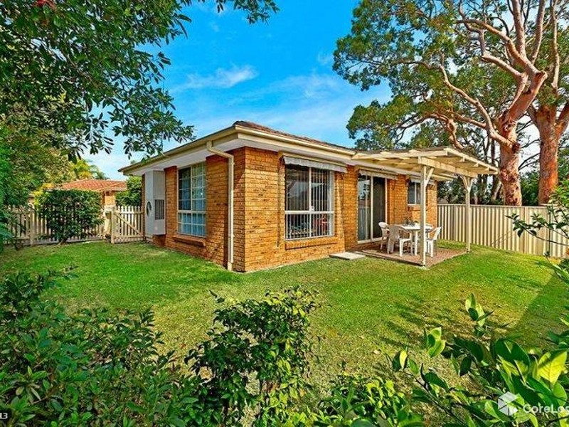 2/4 Cochrane Avenue, Canton Beach, NSW 2263