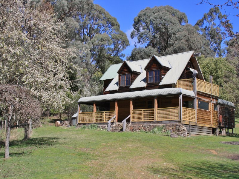 2690 Mount Buller Road, Merrijig, Vic 3723