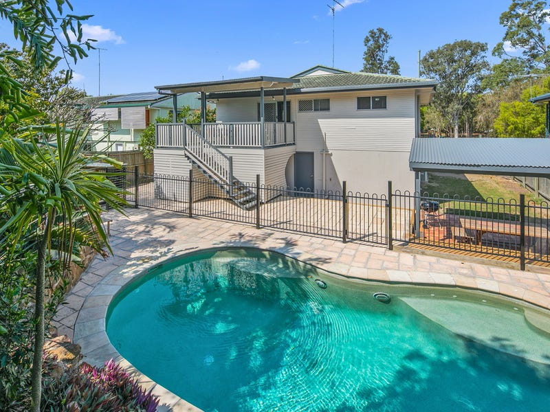 47 Blackberry Street, Mansfield, Qld 4122
