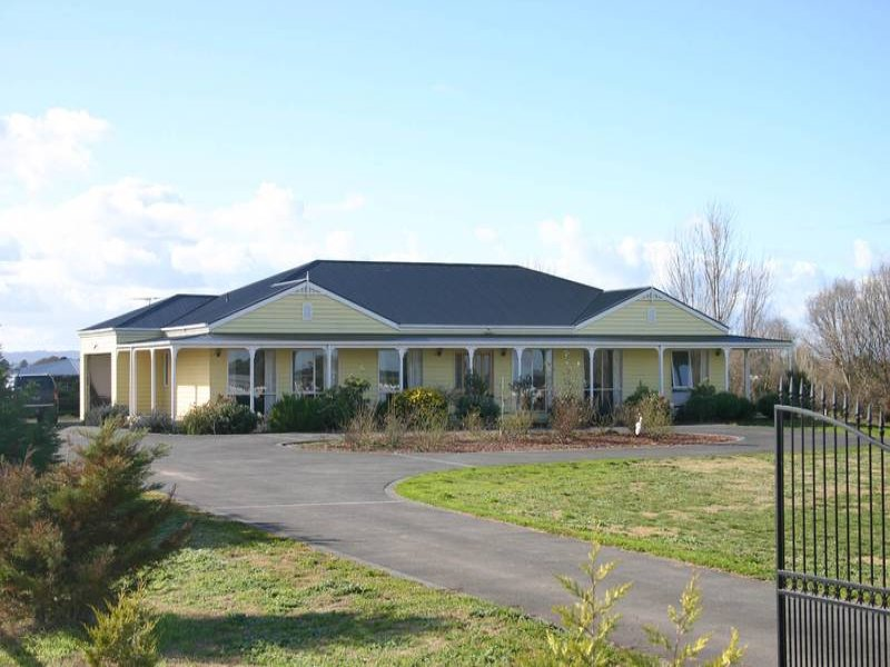 Address available on request, Five Ways, Vic 3977