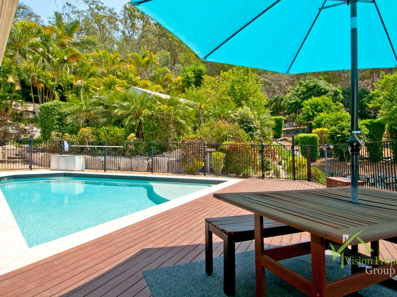 17 Trevina Crescent, Mount Warren Park, Qld 4207