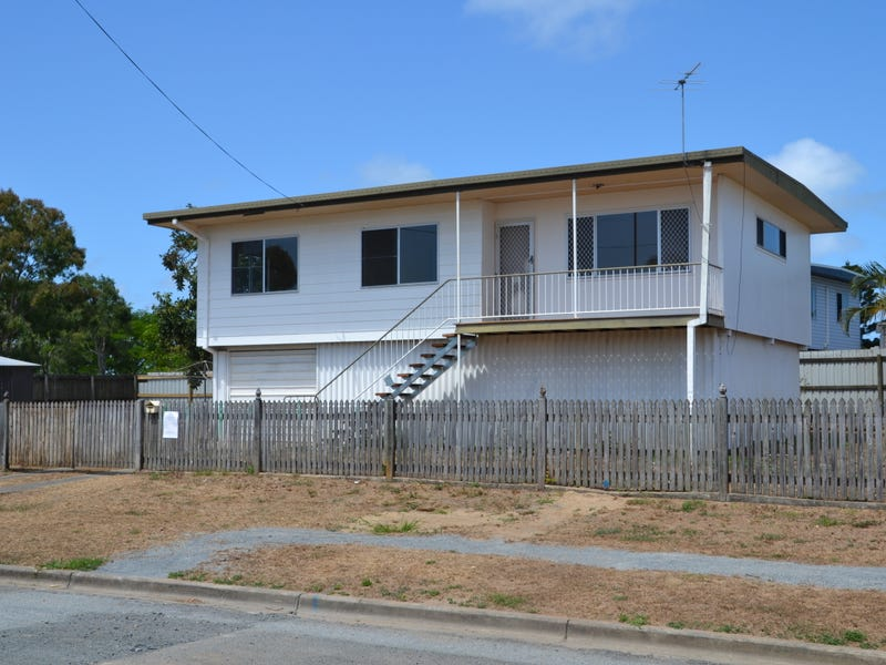 2 Preston Street, Slade Point, Qld 4740