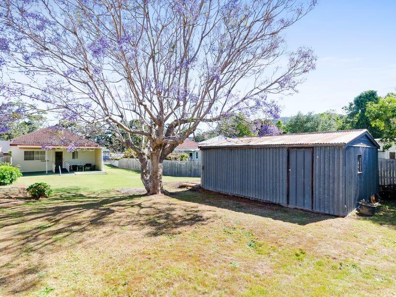 15 Stanhope St, Woonona, NSW 2517