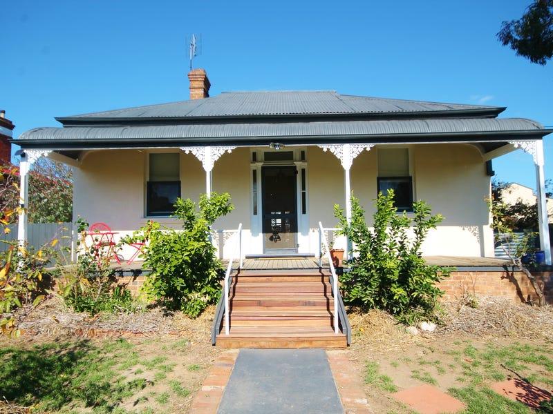 18 Binalong Street, Harden, NSW 2587