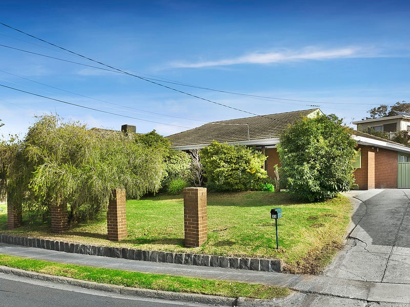 33 De Havilland Avenue, Strathmore Heights, Vic 3041