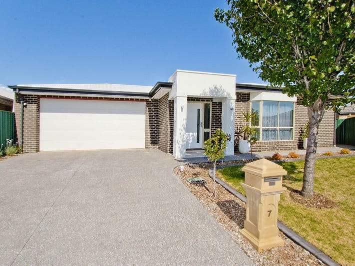 7 Chandler Court, Blakeview, SA 5114