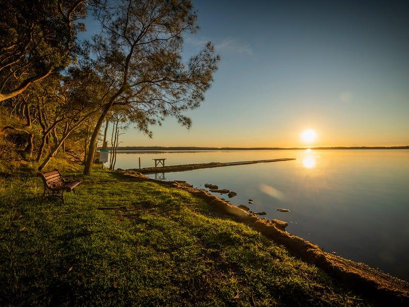2 MacLeay Drive, Halekulani, NSW 2262