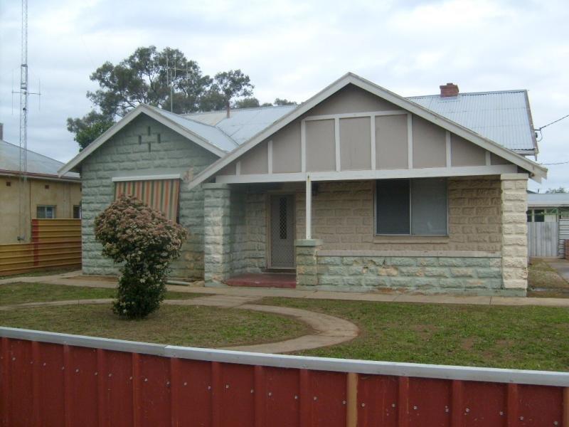 14 Park Terrace, Cobdogla, SA 5346