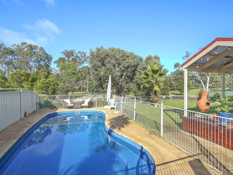 25 The Grove, Thurgoona, NSW 2640
