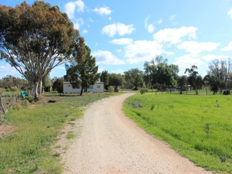 179 Glover Road, Woorinen, Vic 3589