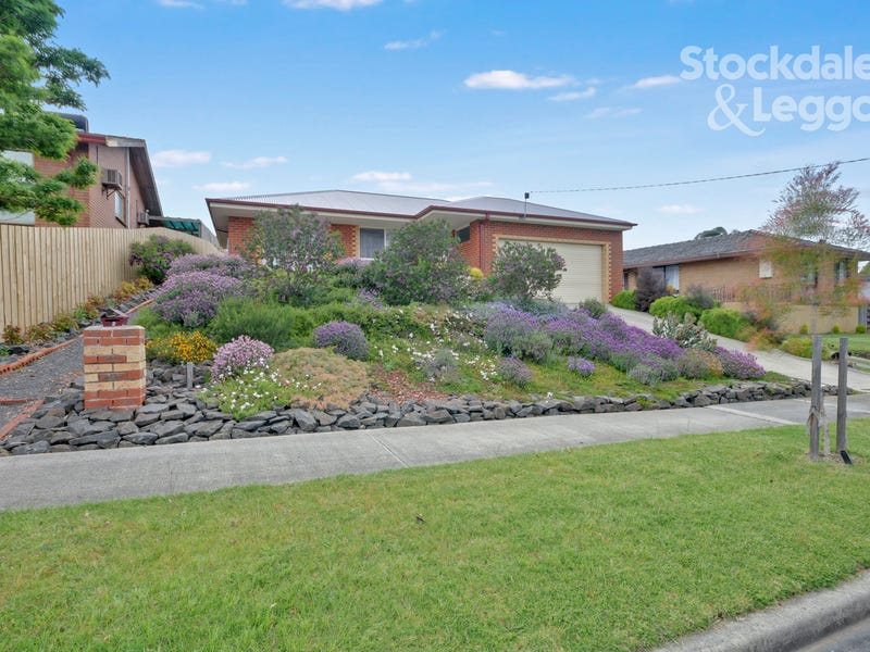 2 Mulcare Crescent, Churchill, Vic 3842