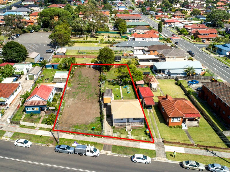 116-118 Gladstone Avenue, Coniston, NSW 2500