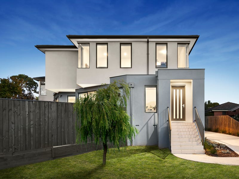 1/214a Wattle Valley Road, Camberwell