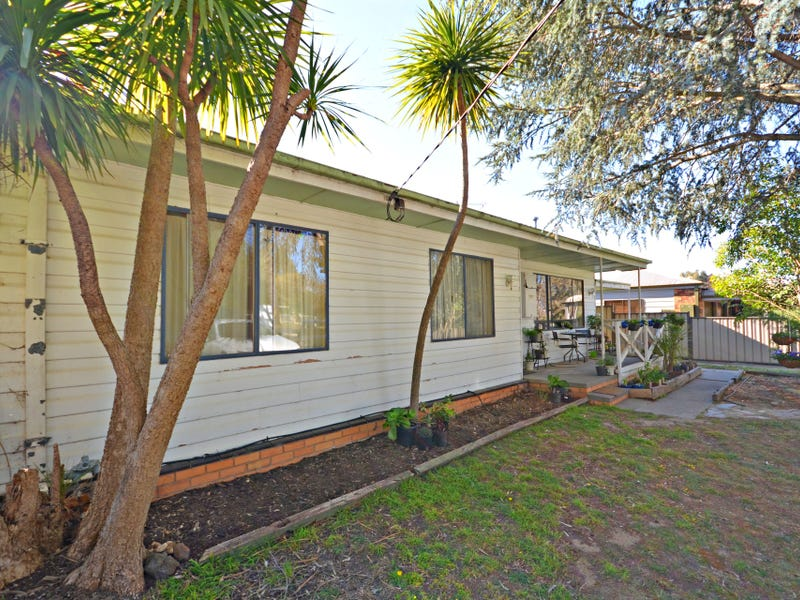 46 Crusoe Road, Kangaroo Flat, Vic 3555