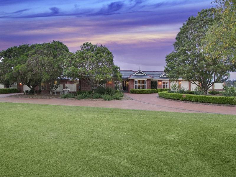 190 Willeroo Drive, Windsor Downs, NSW 2756