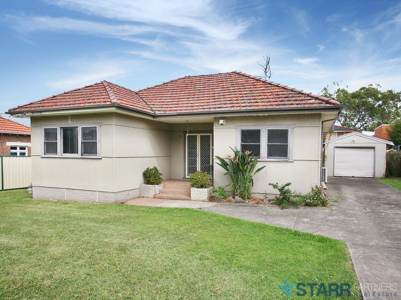 30 Windsor Road, Merrylands, NSW 2160