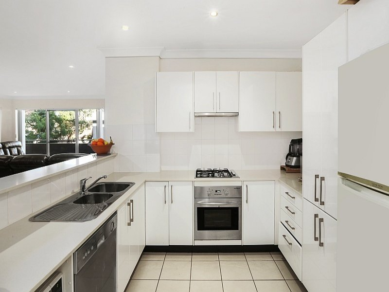 15/13 Moore Street, West Gosford, NSW 2250