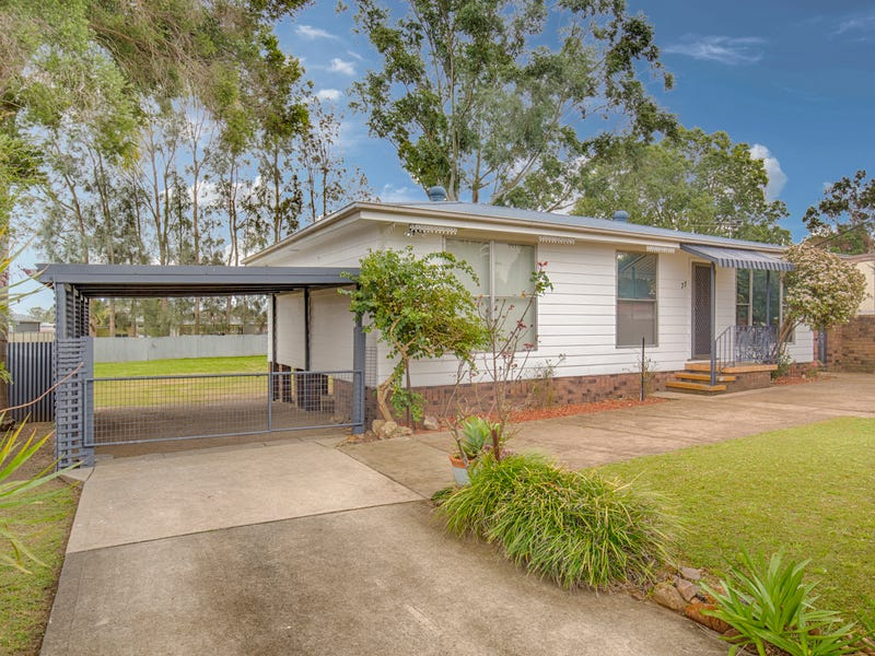77 Main Road, Heddon Greta, NSW 2321