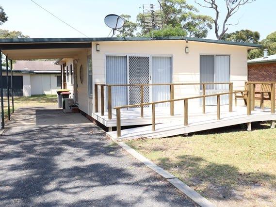 10 Sixth Ave, Berrara, NSW 2540