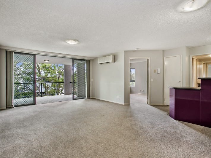 26/7 Landsborough Terrace, Toowong, Qld 4066