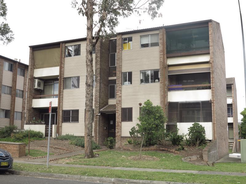 6/26 Remembrance Ave, Warwick Farm, NSW 2170